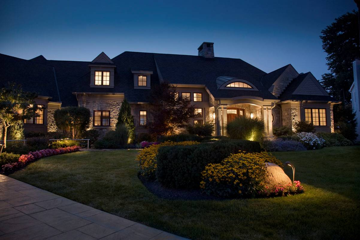 Outdoor lighting solar - Solar Landscape Lighting Design Tips Solscape2 Champion_electric_15